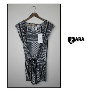 Zara TRF ZIGGAG GEO BLACK WHITE SHORT JUMPSUIT S